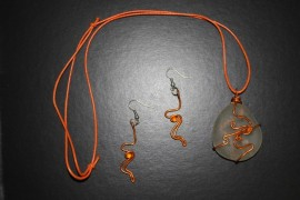 Collar cristal y pendientes filigranas naranjas